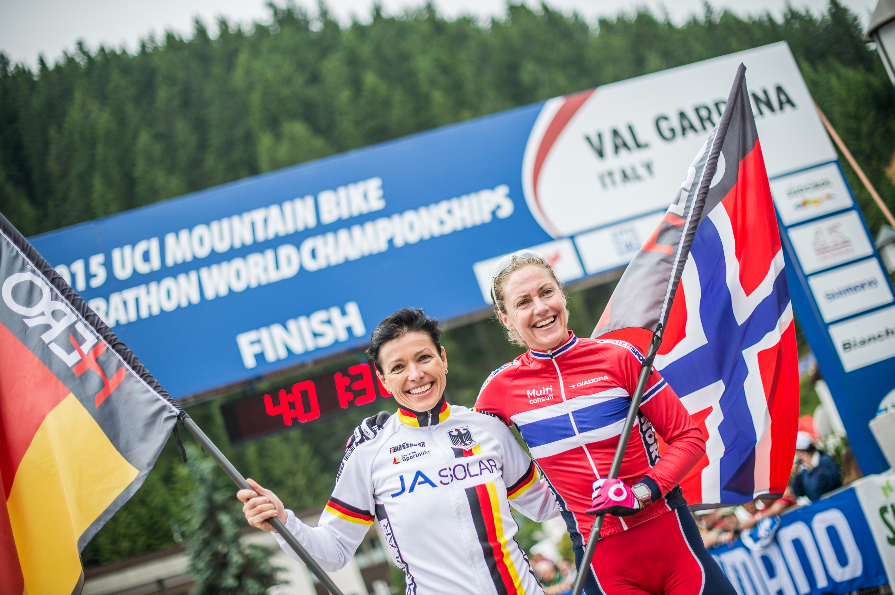 15_UCI WCS_Finish Women